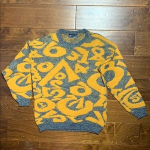 90s Vintage Sweater intricate weave Number shirt